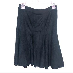 Tahari Black Suede Pleated Skirt Size 4